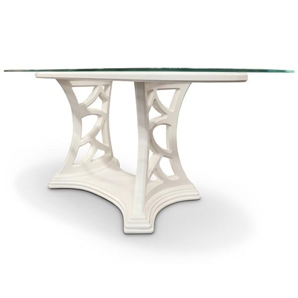 Tavolo ovale con piano in cristallo