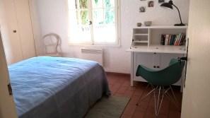 Schlafzimmer & Schreibtisch