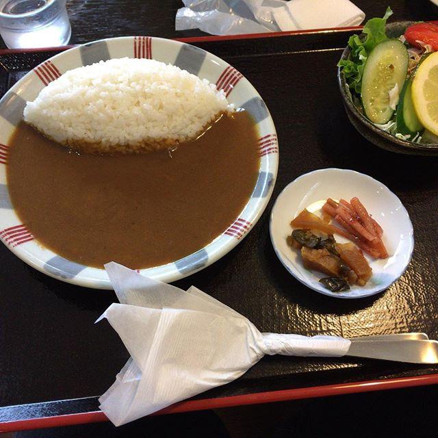 そう言えば、昨日のお昼は鬼怒川温泉に来たのでカレー。ふつー