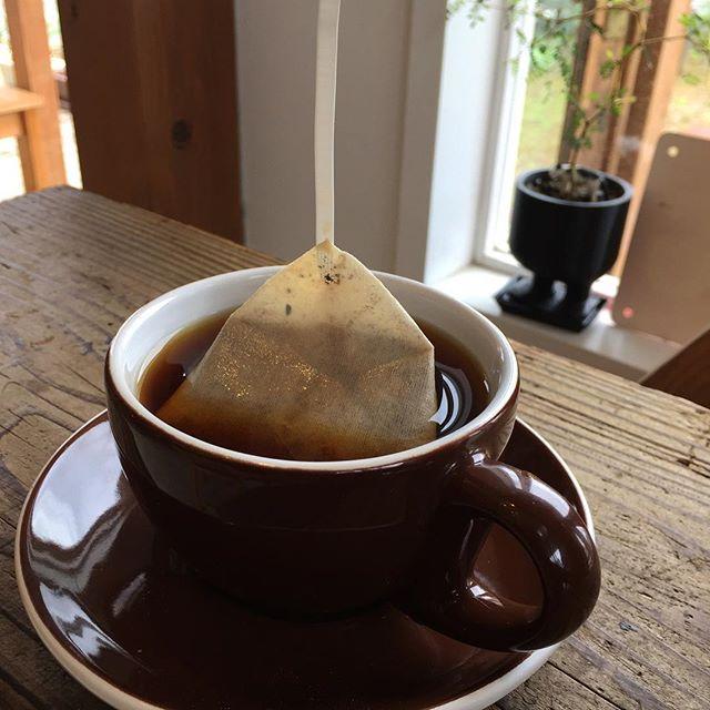 食後は1ROOM COFFEEさんのダンクコーヒー。これはDAYブレンド。#1roomcoffee #masasfactory
