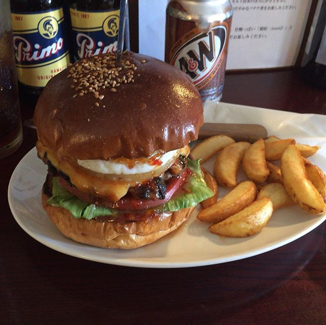 そしてお昼は、初ホノホノバーガー。#honohonoburger