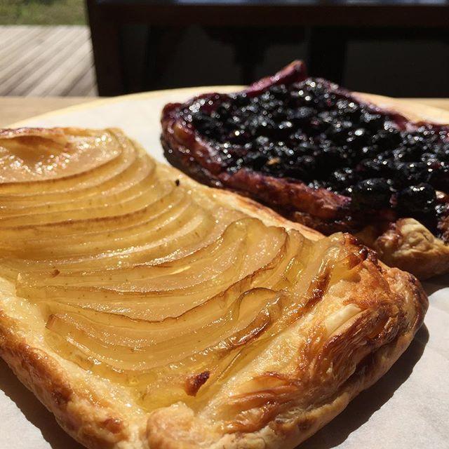 アップルパイは良いけれど、ブルーベリーパイは、少し縁を深めにしないと溢れる。#masasfactory