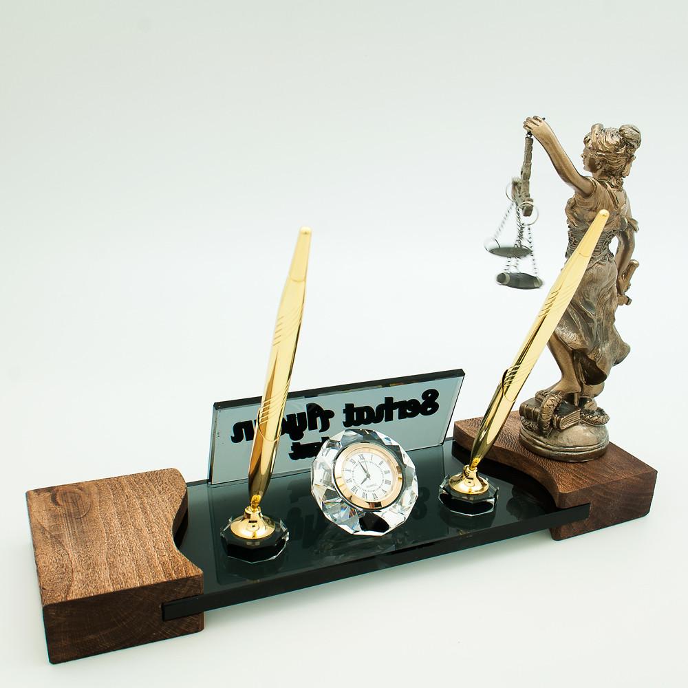 avukatlara özel masa isimlik