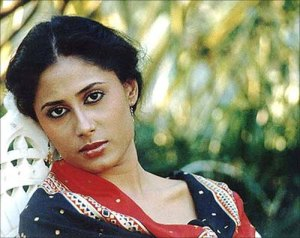 smita patil death reason