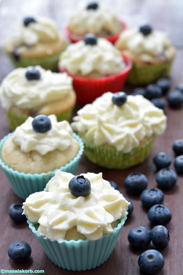 Blueberry Cupcakes With Cream Cheese Frosting V10