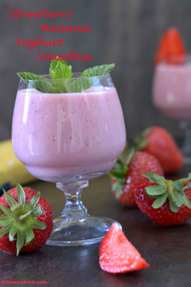 Strawberry Banana Yoghurt SmoothieV1n