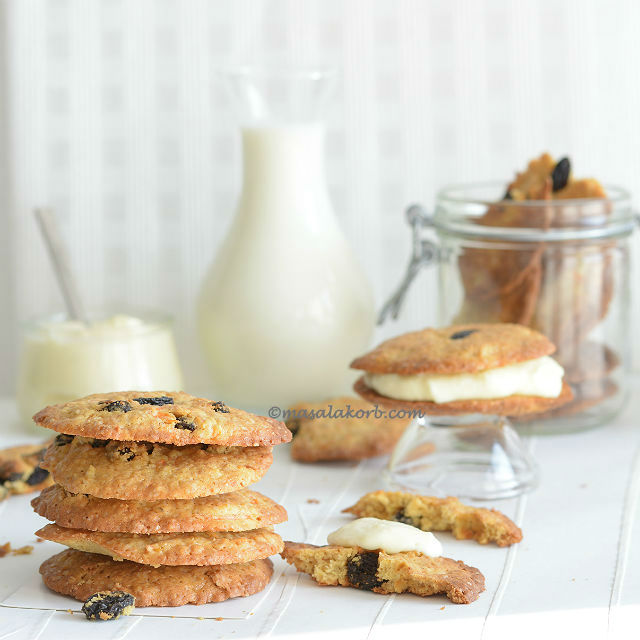 Carrot Cake Sandwich Cookies Recipe