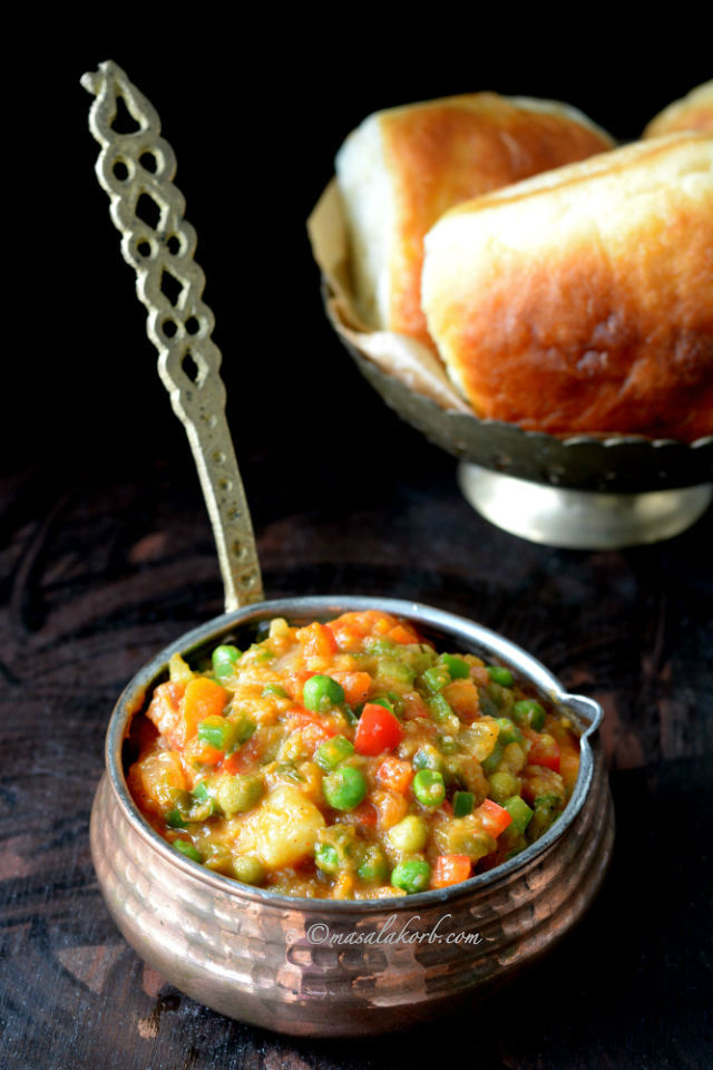 how to make bhaji for pav Mashed vegetable Curry