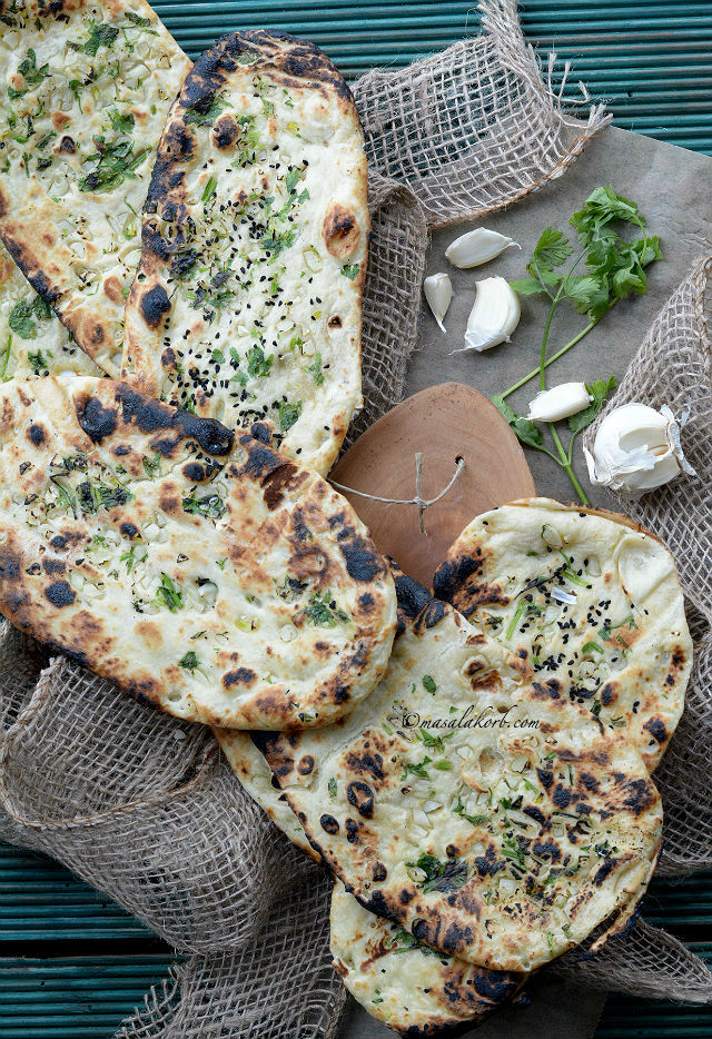 How To Make Garlic Naan Bread At Home Without Yeast