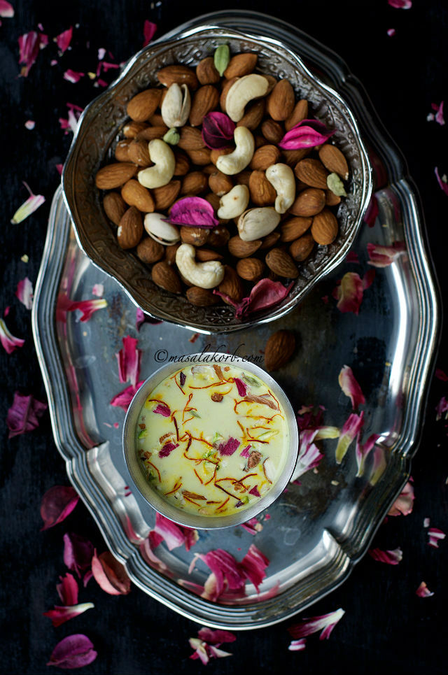 Thandai Sharbat Recipe, Kesar Badam Thandai