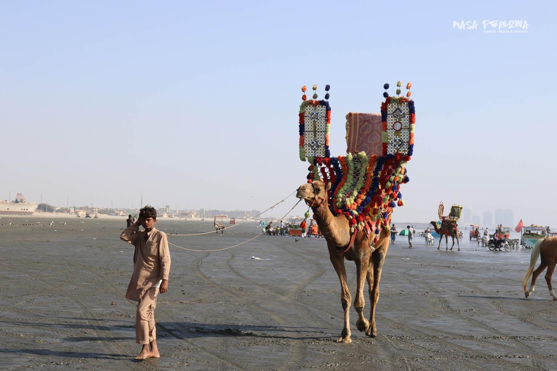 Karaczi Clifton Beach