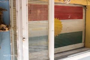 Duhok Irak Kurdystan wystawa flaga
