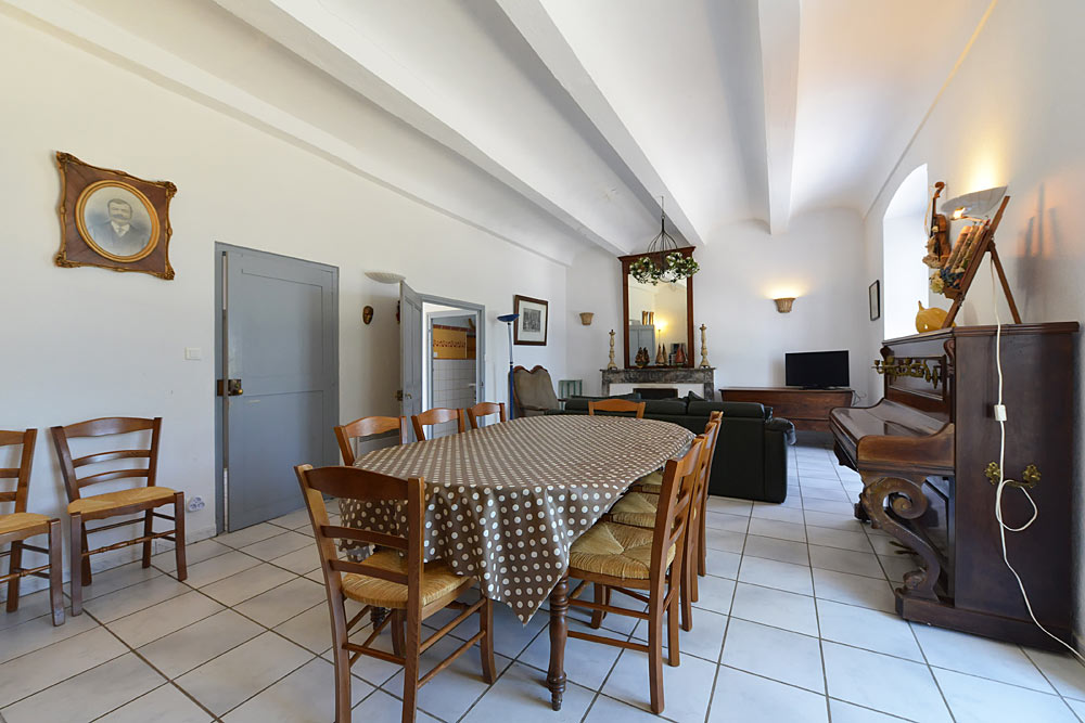 Large Holiday Apartment Tamaris Mas De La Baillyde Holidays In