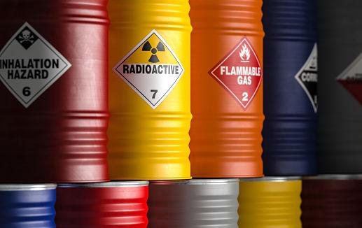 pengepakan untuk Pengiriman Cairan Kimia