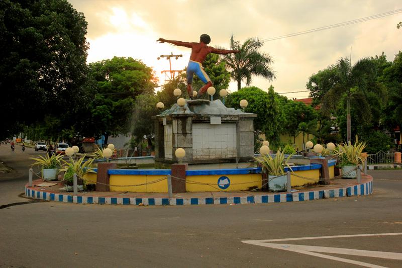 Pengiriman Barang Jakarta-Dompu