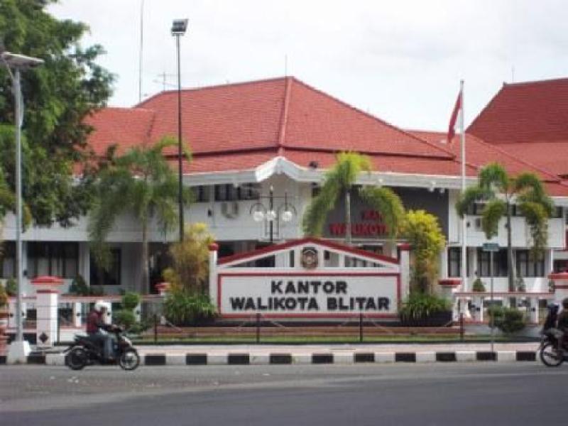 Jasa dan Tarif Ekspedisi Kota Blitar Murah