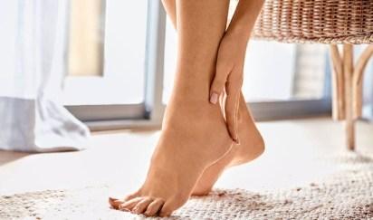 remedios naturales para la hinchazón de los pies