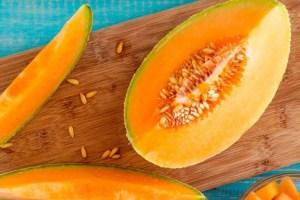 Mascarilla de melón para un rostro libre de arrugas