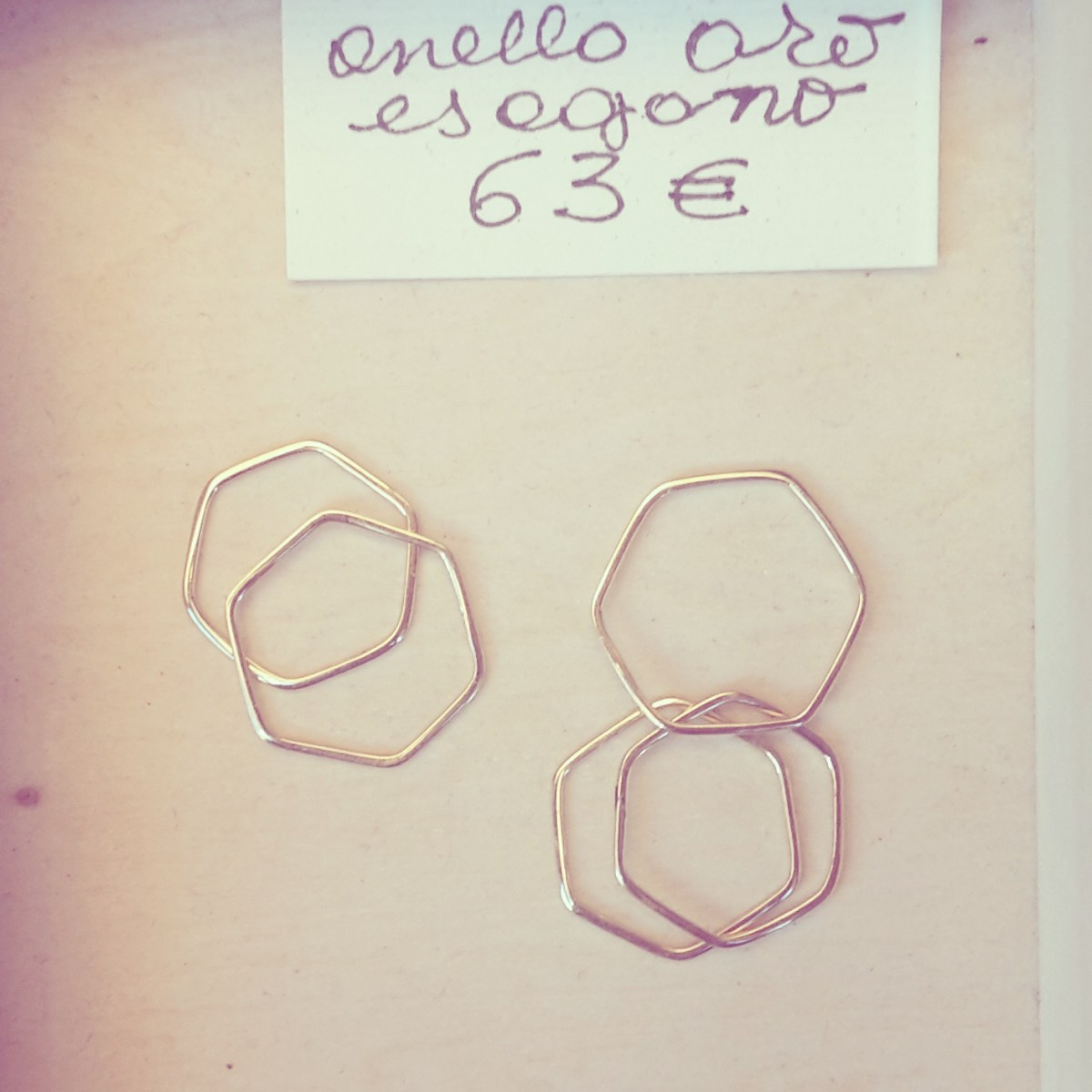 Minimalist gold rings - cross ring - hexagonal rings - curved oval plate customized ring _ maschio gioielli milano (2)