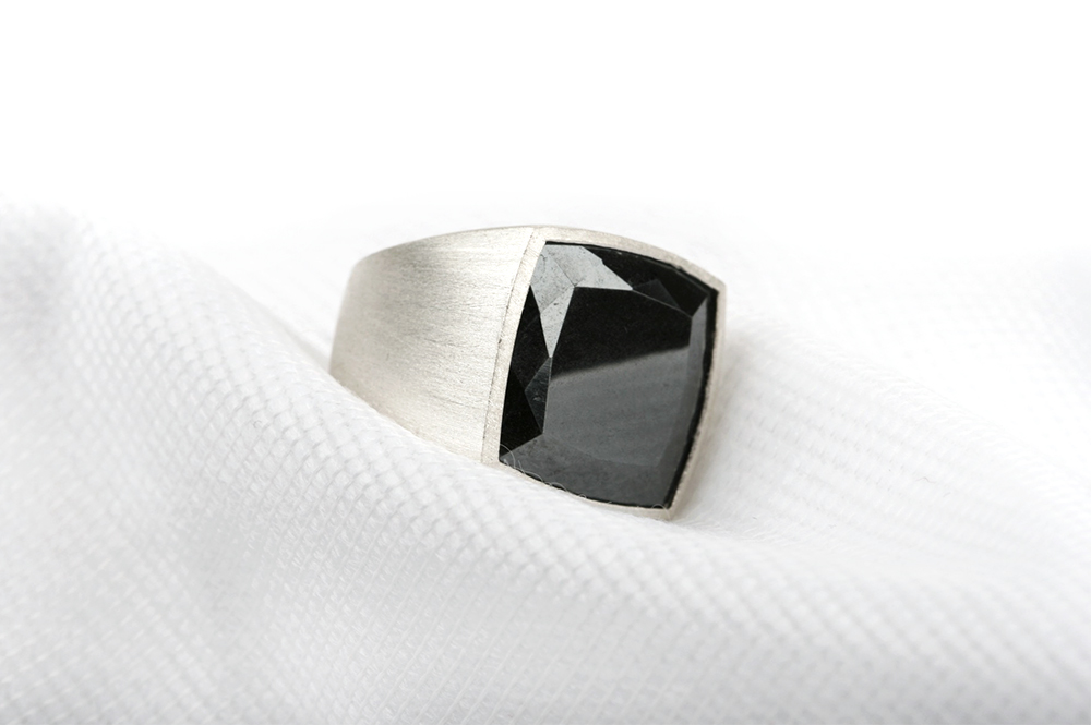 Silver ring with haematite