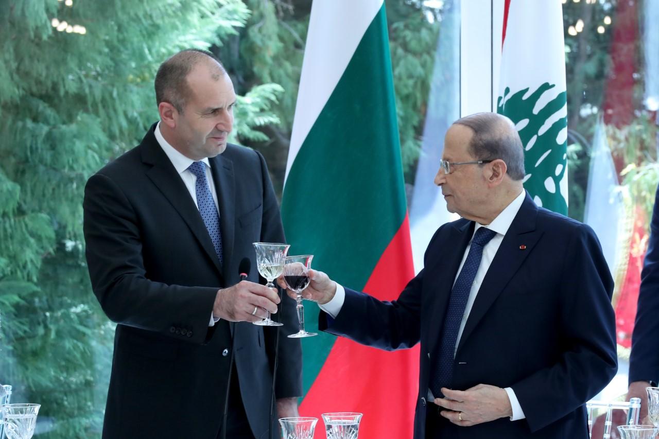 الرئيس البلغاري: من الحقوق السيادية للبنان ان يقرر متى بامكان النازحين الموجودين على ارضه العودة الى بلدهم