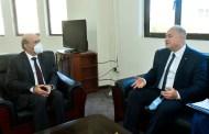 سفير روسيا الاتحادية الجديد ألكسندر روداكوف يقدم نسخة من اوراق اعتماده لوهبه