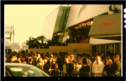 Cannes 2013 - People waiting outside Le Palais des Festivals © MaSeDomani