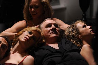 """L'attore Gérard Depardieu in una scena di """"Welcome to New York"""" - Photo: courtesy of BIM"""