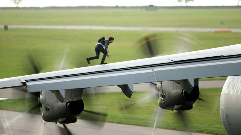 Tom Cruise in una scena di Mission Impossible Rogue Nation - Photo credit Christian Black