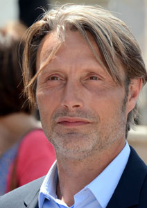Mads-Mikkelsen_Cannes-2013_photo-Georges-Biard