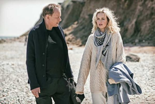 Stellan Skarsgård e Nina Hoss in Return to Montauk © Franziska Strauss