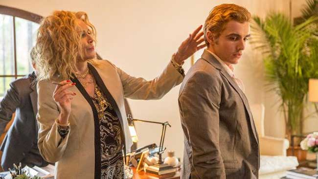 Sharon Stone e Dave Franco in The Disaster Artist - Photo by Justina Mintz © 2015 Warner Bros. Entertainment Inc.