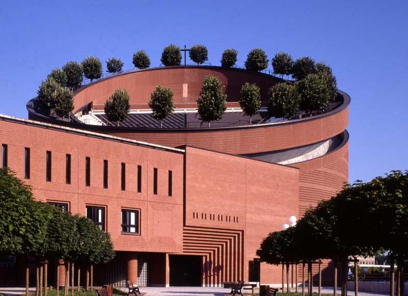 Mario Botta. Spazio Sacro - Cattedrale della Resurrezione Évry - Foto Pino Musi