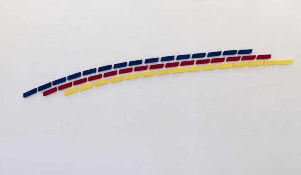 Pino Pinelli, Pittura BL. R. G., 2010, tecnica mista, disseminazione di 45 elementi, 9 x 33 cm (ciascuno)