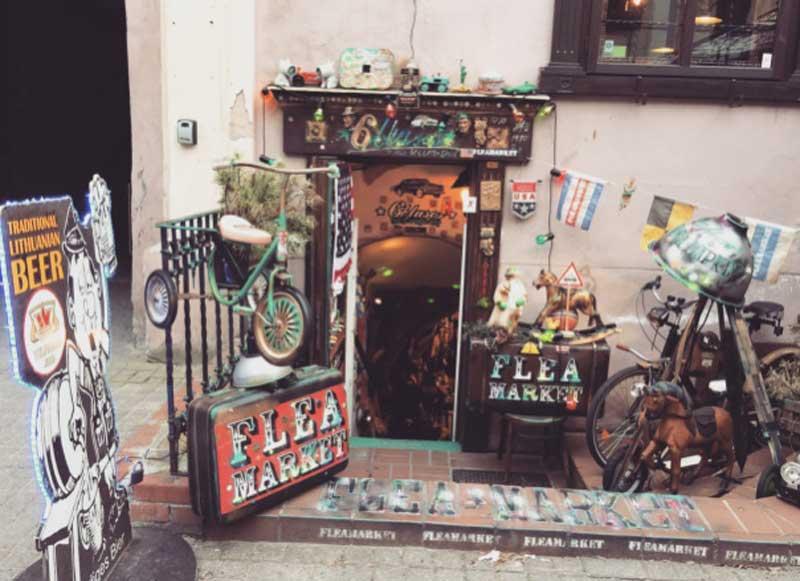 un negozio di Pilies Street a Vilnius - Photo by Anna Falciasecca
