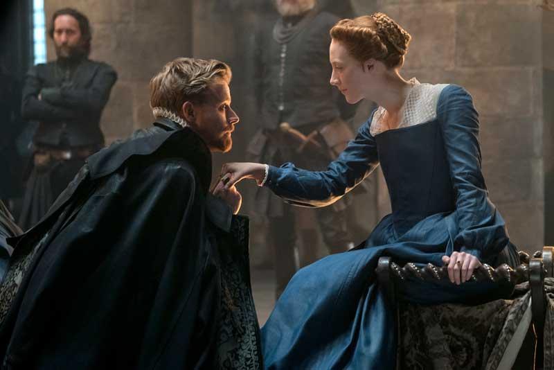 Jack Lowden e Saoirse Ronan in una scena del film Maria Regina di Scozia - Photo © 2018 FOCUS FEATURES LLC. ALL RIGHTS RESERVED