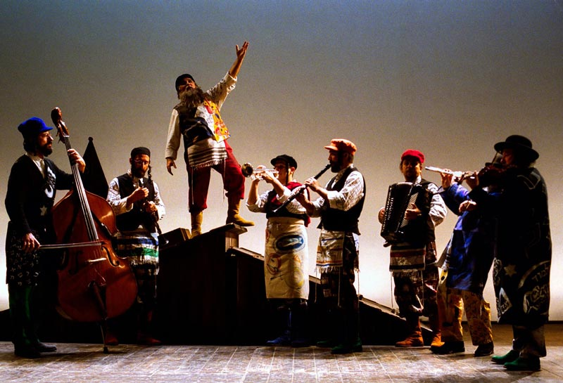 Il Violinista sul Tetto - Foto: Federico e Maurizio Buscarino