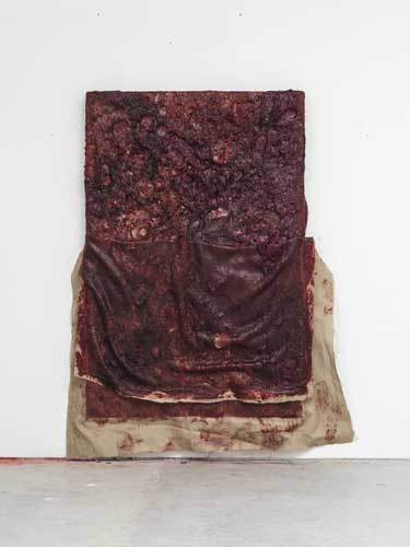 Anish Kapoor, Flayed II, 2016, silicone e tela di juta su tavola, 208 x 164 x 18 cm., Courtesy the Artist