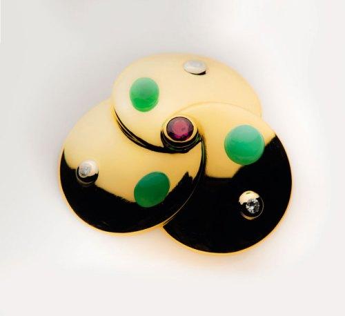 L'oro invisibile - Giulio Manfredi, Taddeo Giuda, spilla; oro giallo, oro bianco, diamanti, rubino - ph. courtesy ufficio stampa