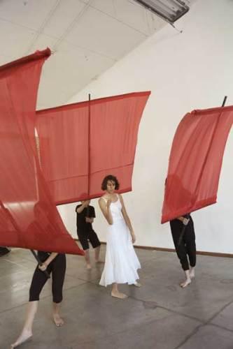 I protagonisti dello spettacolo Dido & Aeneas - Olympus Games. Foto: Silvia Pampallona, Grafica Giardino22 art lab
