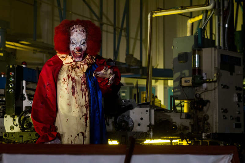 Una scena del film The Night Watchmen - Photo: courtesy of Midnight Factory