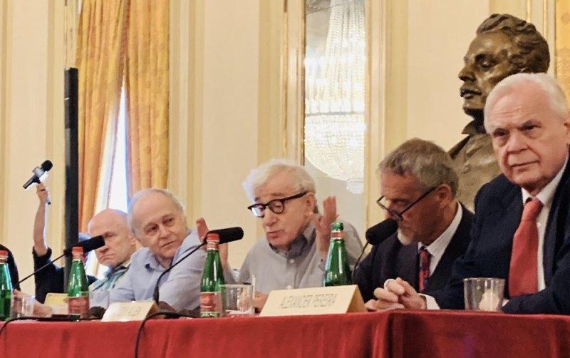 Woody Allen a Milano durante la conferenza stampa al Teatro alla Scala - Photo by Luca Zanovello