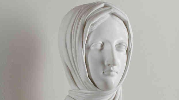 Antonio Canova, Vestale, 1818-1819, marmo di Carrara, cm 58 x 31 x 23, Galleria d'Arte Moderna, Milano