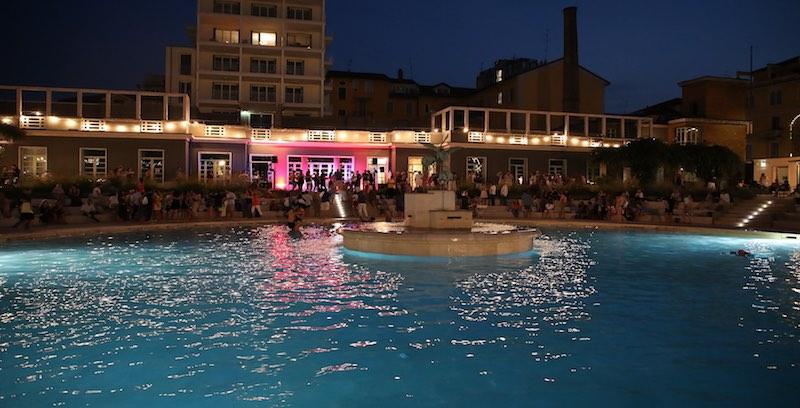 I Bagni Misteriosi accanto al Teatro Parenti. Foto di Andrea Cherchi.