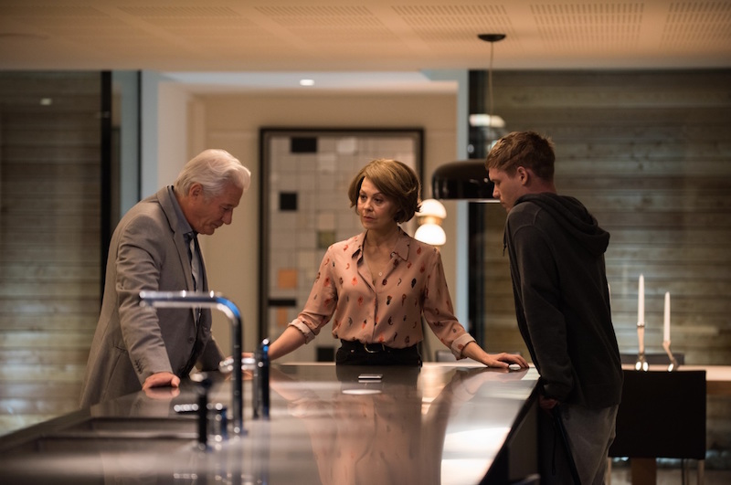 Richard Gere, Helen McCrory e Billy Howle in MotherFatherSon. Photo: courtesy of SKY.