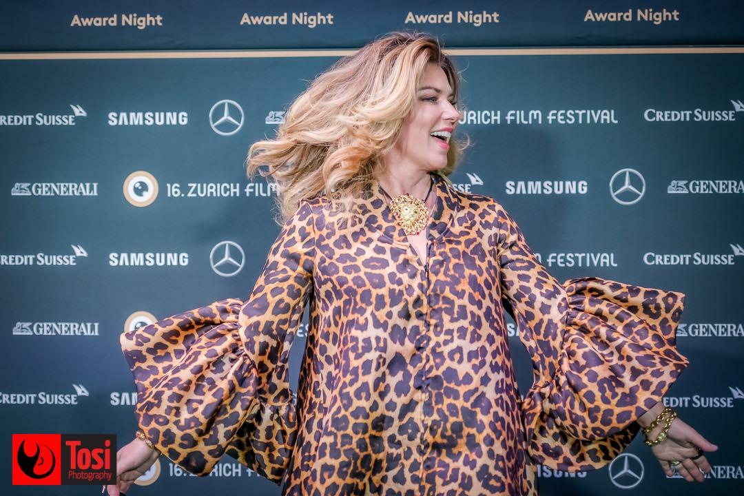 ZFF 2020 - Shania Twain sul green carpet della Award Night © Tosi Photography