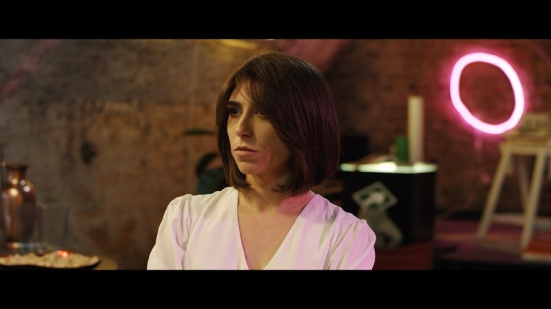 Elena Cascino in una scena de L'Uno. Photo: press office NewGen Entertainment