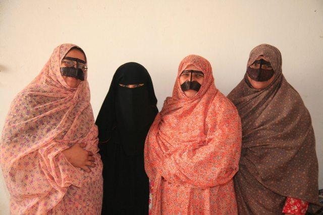 Women wearing the burqe from Hormozgan.