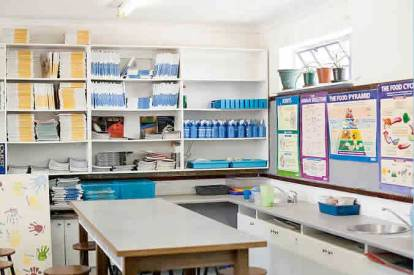 Ukhanyo School Science Lab - everything young scientists might need