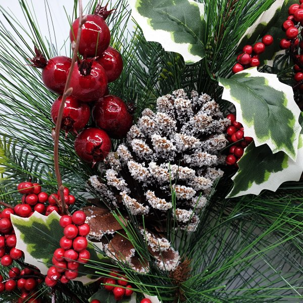 Wolasko Wreath by Masons Home Decor